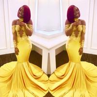 görüntüler kız geri toptan satış-Gerçek Görüntüler Afrika Nijeryalı Sarı Mermaid Gelinlik Modelleri 2018 Kapalı Omuz Dantel Uzun Kollu Aplikler Abiye giyim Siyah Kızlar Için Giymek