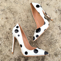 Wholesale sexy photo shoes online - Real photo Fashion Women Pumps sexy lady white Black patent leather pearls Fold flats shoes boots pumps brand new cm cm cm big size