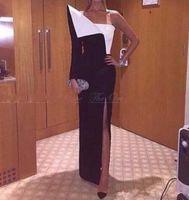 um ombro assimétrico vestido de noite venda por atacado-Assimétrico de Um Ombro Preto e Branco Vestido de Noite de Manga Longa Side Dividir Árabe Vestidos de Baile Longo Vestidos de Festa Vestido de festa