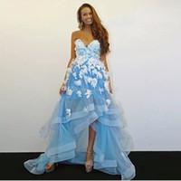 cariño vestidos de fiesta de organza asimétricos al por mayor-Azul alta baja Una línea Vestidos de baile Novia con cuentas de flores en 3D Vestido de fiesta superior con gradas Faldas asimétricas de fiesta dobladillo