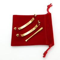 silber goldschmuck taschen großhandel-Großhandel titanium stahl liebe armbänder silber rose gold armband armreifen frauen männer schraube schraubendreher armband paar schmuck mit logo tasche