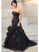 vestido de noiva em tafetá sem alças venda por atacado-2018 preto gótico vestidos de casamento baratos a linha tafetá tule sem alças de renda Applique Ruched Vintage vestido de noiva robe de mariée Lace up