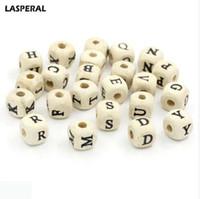 holz brief armbänder großhandel-LASPERAL 10mm Holzperlen DIY 180 stücke Natürliche Mixed A-Z Alphabet Brief Perlen Cube Holz Perlen Für Armband Schmuck machen