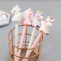 pluma rosa kawaii al por mayor-17.5 cm Kawaii unicornio Gel Pen Pink Horse negro Pluma de gel de tinta neutra Papelería Plumas Oficina Material Escolar escritura Regalo de Estudiante