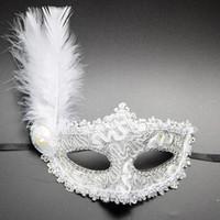 венецианская половина маскирует женщин оптовых-1pc Women Sexy Venetian Lace Feather Flower Eye Masks Christmas Halloween Masquerade Mask Girls Half Face Party Dance Headwear