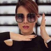 Wholesale mirror crystals - Square Luxury cool Sun Glasses Brand Designer Ladies Oversized Crystal Sunglasses Women Big Frame Mirror Sun Glasses For Female UV400
