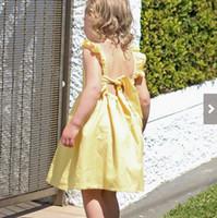 9ae47e0fb72c Nuovi vestiti delle ragazze di estate 2018 Abiti Plaid Pattern giallo  Bambini dressCasual Cotton Backless Big Bowknot Cute Girl Dress Party Beach  A8648