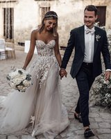 ingrosso beach wedding dresses-Avorio Boho Summer Beach Abiti da sposa scollo a cuore pieno pizzo Appliques Beach Abiti da sposa economici Custom Made Illusion indietro