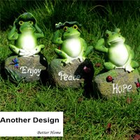Wholesale frog animal figures online - 3pcs Pack Garden Decorative Resin Frog Sitting On Stone Christmas decoration Miniature Garden Animal Garden Statue Outdoor Figure