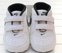lace acima dos calçados para meninas venda por atacado-Padrão recém-nascidos Rapazes Meninas coração da estrela Primeiros caminhantes crianças Crianças Lace Up PU Sneakers 0-18 meses Baby Gift Shoes