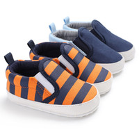 beşik markaları toptan satış-2018 Marka Yeni Yürüyor bebek Bebek Ayakkabıları Yenidoğan Erkek Kız Yumuşak Soled Rahat Beşik Ayakkabı Prewalker Çizgili Patchwork Ayakkabı 0-18 M