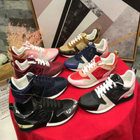 sapatos de senhora de luxo venda por atacado-2019 novo trocadilho afastado tênis casuais senhoras running shoes made in Italy bens de luxo