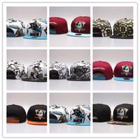 neue trikothüte großhandel-Günstige Gute Verkauf neue NHL New Jersey Devils Hysteresenhüte Sticken Team Logo Sport Einstellbare Eishockey Caps Hip Hop Flache Visier Hut