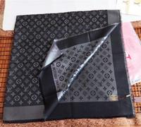 grande soie achat en gros de-Grande taille 140x140cm femmes foulard marque de luxe en laine de soie en soie cachemire avec fil d'argent foulards hiver chaud l mode femmes châle wrap