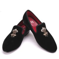 Wholesale indian fabric wedding dress - Bees Indian silk embroidery men velvet shoes fashion Men Loafers wedding and party male shoe Men Flats
