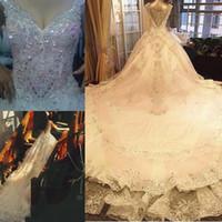 elfenbein farbe brautkleider großhandel-Edle wunderschöne elegante Brautkleider für Frauen Elfenbein Farbe Backless Crystal Tiered Röcke V-Ausschnitt Applique Brautkleider