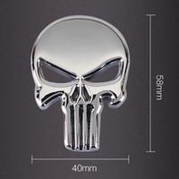 adesivos para carro cor prateada venda por atacado-O Punisher Crânio Do Carro Da Motocicleta 3D Metal Emblema Emblema Etiqueta Decalques de Prata Cor Preta