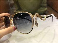 Wholesale new eyewear shape for sale - Group buy new fashion women designer sunglasses metal pilot animal frame Snake shaped legs with diamonds top quality protection eyewear