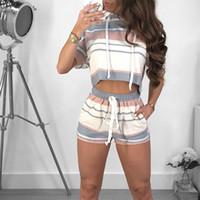 ingrosso i pantaloni di due pezzi del raccoglitore casuale-KGFIGU Summer Women set 2018 Pantaloncini crop shorts con cappuccio a righe casuali, abbigliamento 2 tute larghe a pipistrello manica a pipistrello