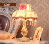 luzes de cabeceira modernas venda por atacado-Estilo europeu Pastoral princesa simples moderno quarto cabeceira LED Candeeiros De Mesa de Arte Do Vintage iluminação do casamento