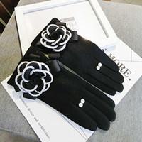 luvas de escritório venda por atacado-Cashmere grosso luvas de tela de toque macio mulheres inverno luvas quentes ladies casual office eldiven invierno guantes muyer atacado