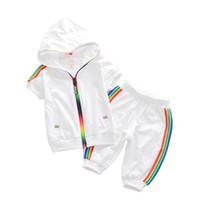 ingrosso gli insiemi dei tute dei ragazzi-Kids Boy Girl Clothes Sportswear Summer 2018 Fashion Tuta Manica corta Coat + Pants Abbigliamento colorato per ragazze Set bambini