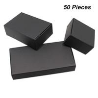 kurabiye kutuları toptan satış-18 Boyutları 50 Adetgrup Siyah Kraft Kağıt El Yapımı Sabun Ambalaj Kutuları Takı Aksesuarları Hediyeler için Parti Kutuları Şeker Çerezler için Çikolata