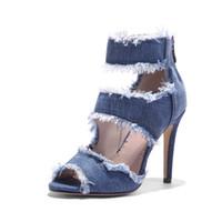 sandales à talons hauts zip achat en gros de-2018 Confortable Top Qualité Dames Bleu Denim Jeans Large Largeur À Talon Haut Retour Zip Up Strap Cheville Strap Femmes Sandales