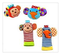 bebek oyuncak ayak çorap bebek toptan satış-Toptan-Bebek Çıngırak Oyuncaklar Bilek Ayak Bulucu Küçük Yumuşak 0-12 Ay için Bebek Çocuk Oyuncak Çocuk Bebek Yenidoğan Peluş Çorap Brinquedos