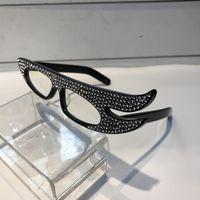 óculos de sol com asas venda por atacado-Luxo Espumante Diamante 0240 Óculos De Sol Especialmente Designer de Asas de Anjo Quadro Popular Proteção UV Óculos De Sol de Alta Qualidade Estilo Para As Mulheres