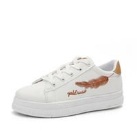Scarpe casual bianche piatte di alta qualità delle donne di modo Scarpe  casual confortevole di sport delle ragazze di corsa in pelle morbida PU  Sneakers ... baa69292f10