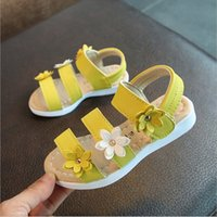Wholesale chinese sandals - 2018 New Girls Sandals Chinese Girls Flower Korean Princess Shoes Soft Students Roman Beach Shoes