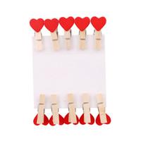 kalp giyim klipleri toptan satış-10 adet / grup Ahşap Klip Fotoğraf Kağıdı Zanaat Renkli Mini Kalp Şekli Craft Klipler DIY Elbise Kağıt Peg Clothespin YL892700