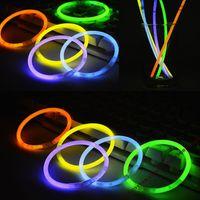 neon-stick lichter großhandel-Party Sticks Glow Sticks Armband Halsketten Neon Party LED Blinklicht Sticks Zauberstab Neuheit Spielzeug Charme Geschenke