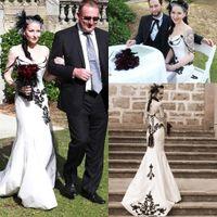 Wholesale corset back style wedding dress - 2018 Sweetheart Lace Mermaid Wedding Dresses Country Style Corset Back Elegant Black Lace Appliques Novia Vintage Bridal Gowns BA2861