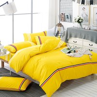 Wholesale king style briefs - Brief Style Bedding Sets 100% Polyester Duvet Cover Set Yellow Color Bedclothes Bed Linen Soft Home Textile XF216