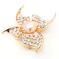 Wholesale fashion butterfly brooch for sale - Fashion freshwater pearl jewelry alloy diamond shaped butterfly shaped pearl brooch for the wife s charm gift