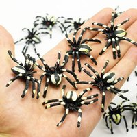 Wholesale Mini Simulated Black White Spider Shape Kids Toys Home Party PVC Flexible Gifts Decor