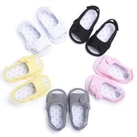 Wholesale slip sandals infants online - Summer Baby Girl Bowknot Sandals Newborn Casual Outdoor Princess Shoes Infant girls bow Sandals cute design