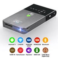 wifi tragbarer projektor android großhandel-Mini-Projektor DLP100 C2 Android 7.1 RK3128 Quad-Core 1G DDR3 32G ROM 5G Wifi 30-120 Zoll 2500mAh Akku tragbare Heimkino-Projektoren