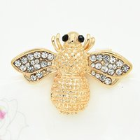 Wholesale White Elegant Scarves - Gold Tone Alloy Stunning Diamnate Bee Brooch Hot Selling Elegant Women Scarf Pin Amazing Lapel Pin For Women And Men