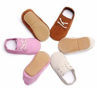 bebek deri ayakkabıları lastik tabanlar toptan satış-3 Renk Katı lace up Yüksek kalite sert kauçuk taban hakiki deri el yapımı bebek maccasins ayakkabı çocuklar ayakkabı
