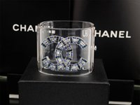 бриллиантовый браслет широкий оптовых-Фабрика продать высокое качество роскошные заклепки двойной Алмаз манжеты широкий браслет мода прозрачный кристалл панк акриловый браслет с коробкой
