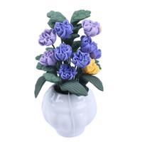 ingrosso vasi viola-1/12 casa delle bambole in miniatura di argilla lavorata a mano magnolia e verde in vaso bianco Viola
