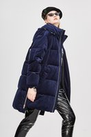 casaco de veludo xl venda por atacado-Sandra_studios INS Hot sales inverno Frio Casacos De veludo Grosso das Mulheres Longo Para Baixo Parkas com Zíper Com Capuz