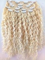 sarışın kıvırcık insan saç uzantıları toptan satış-Yeni Gelmesi Klip Saç Uzantıları Sarışın 613 Brezilyalı İnsan Virgin Remy Kıvırcık Saç Atkı Yumuşak Çift Çizilmiş