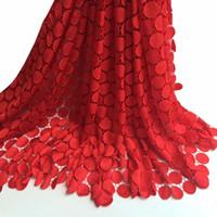 schwarze guipure spitze stoff großhandel-Afrikanisches Spitzegewebe der spätesten Hochzeit des besten verkaufens afrikanisches Nigeria Guipure-Spitzegewebe der Spitzenhochzeits im Schwarzen für Braut