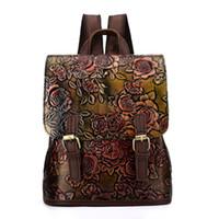 große wischtücher großhandel-Weibliche Vintage Geprägte Handgemachte Frauen Große Handtasche Lady Schulter Echtes Leder Rucksack Frauen Hohe Kapazität Wischen farbe Schultaschen
