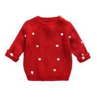 baby mädchen roten pullover großhandel-Baby Mädchen Pullover Beige Rot Gestrickte Tragen Mädchen Liebe Form Stickerei Pullover für Kinder rundhals Niedlich Herz Strickjacke Pullover C