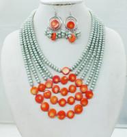 collar de coral de china al por mayor-El mejor diseñador de joyas de París. Producción de la fábrica china. Perla / Coral / Paris Fashion Model, 5 capas, collar. Pendientes de oreja. Conjunto de joyas